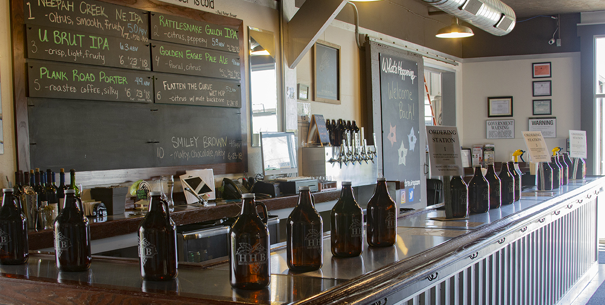 Tasting Room Bar with Growlers
